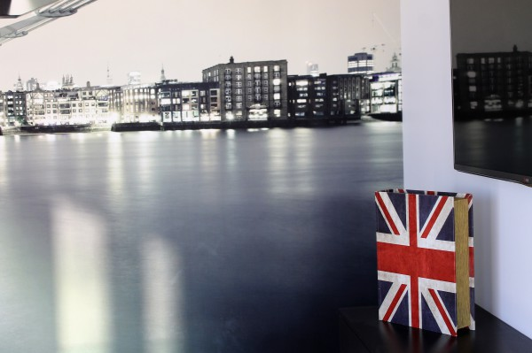 A mural is bought to life with the Union Jack
